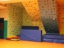 Kletterwand in der Turnhalle